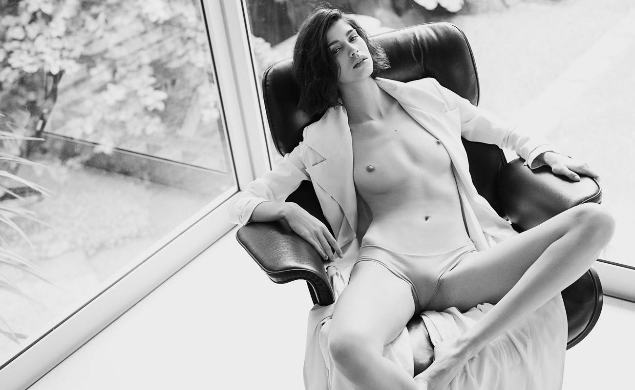 Mica arganaraz topless - 2019 year